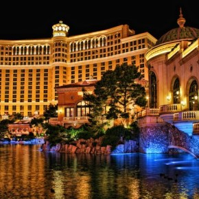 Bellagio Casino and Hotel at Night by Photographersnature - Own work. Licensed under Creative Commons Attribution-Share Alike 3.0 via Wikimedia Commons - http://commons.wikimedia.org/wiki/